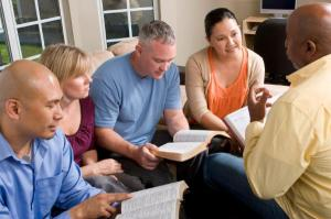 bible_study_group_picfture_2-600x399