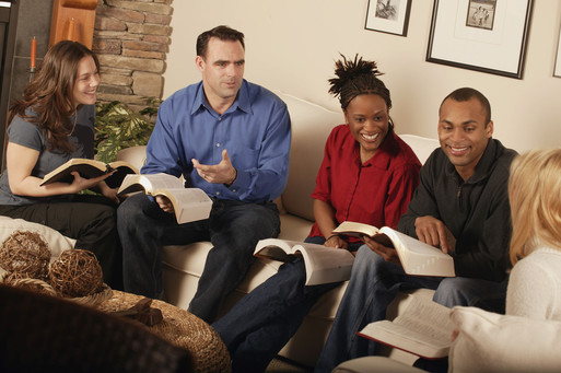 How to Ask Excellent Bible Study Discussion Questions ...